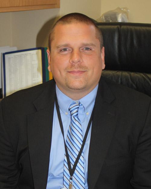 Erik Witt, Principal